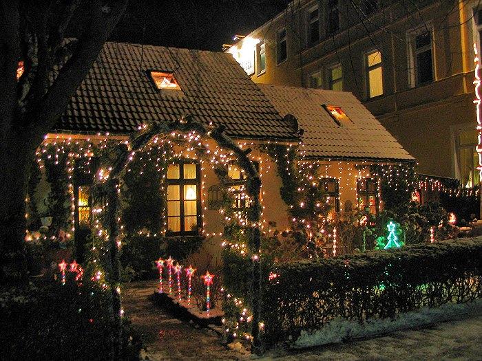 Weihnachtlich Geschmückte Häuser