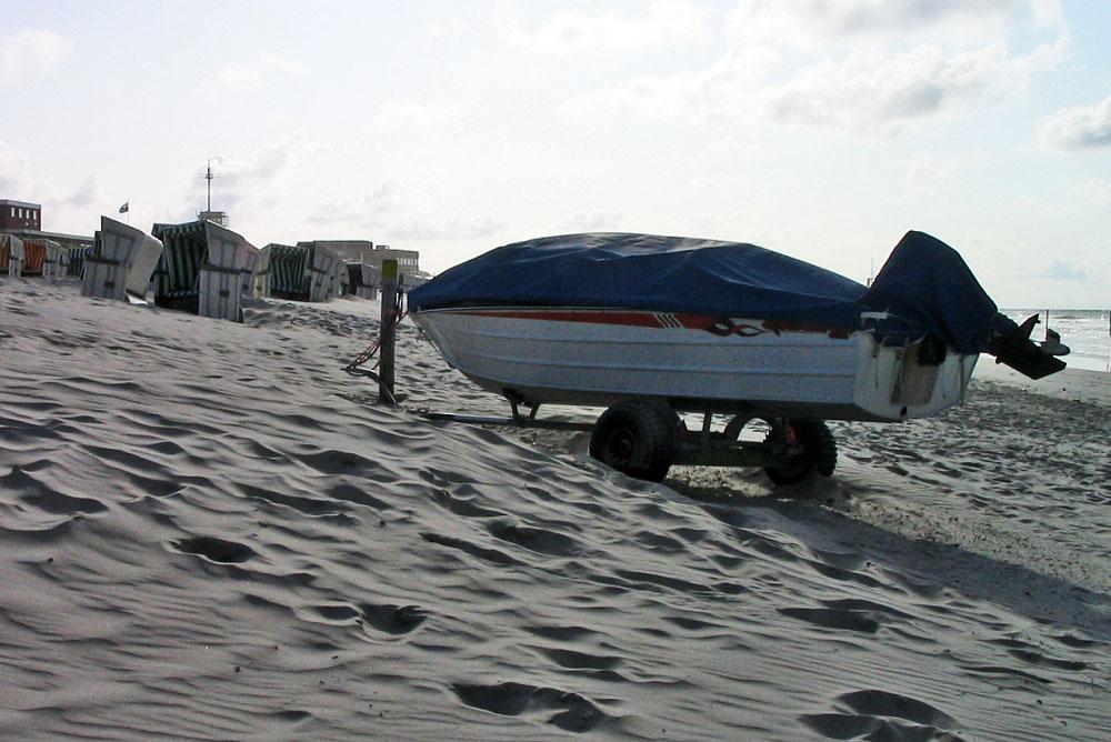 Motorboot der rettungsschwimmer